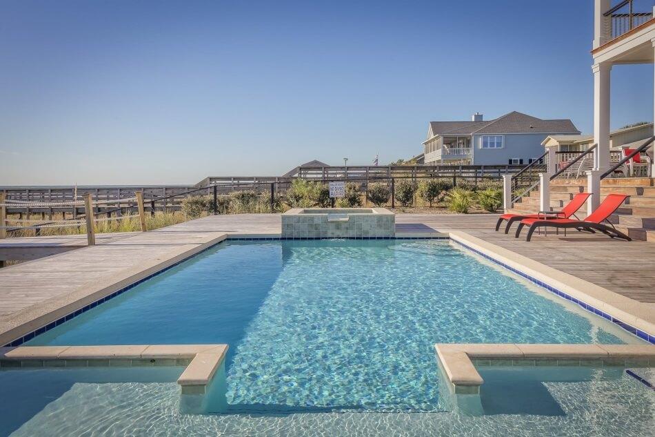 Clean pool view